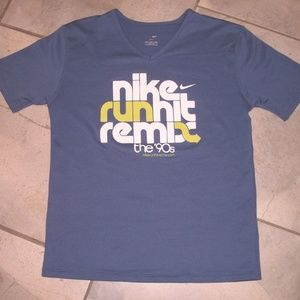 NIKE Drifit Run Hit Remix V Neck  Tee Shirt S